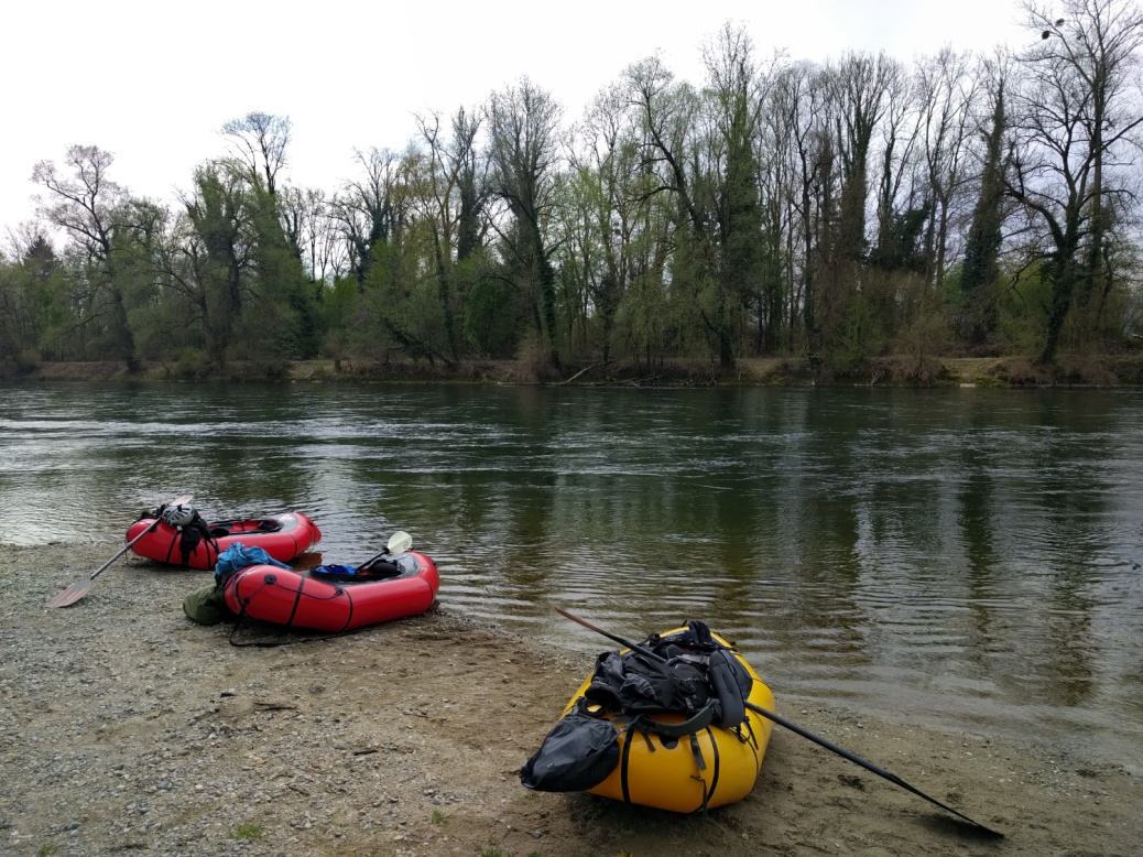 Packrafting Reuss
