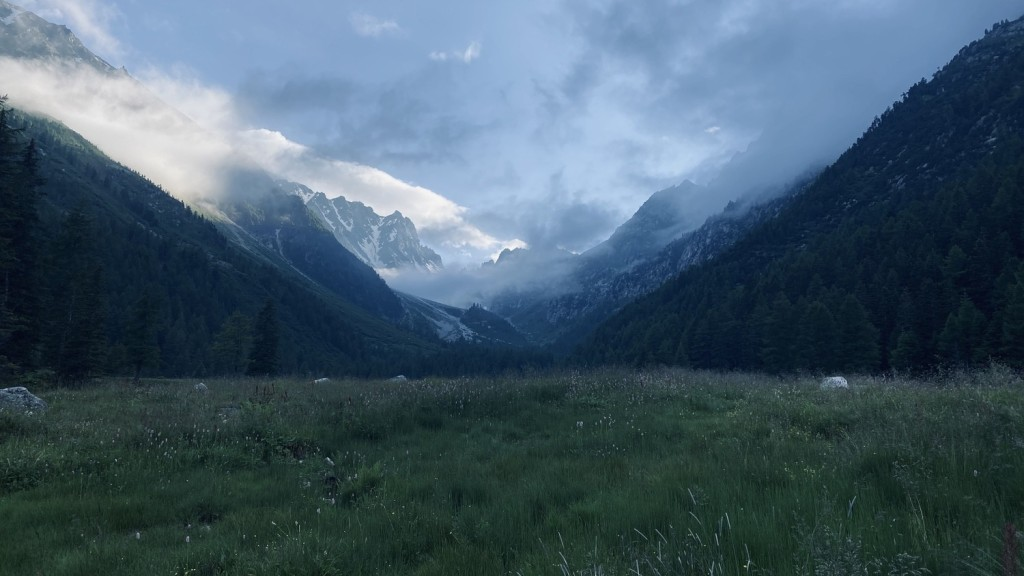 Evening mood close to the Arpette hut